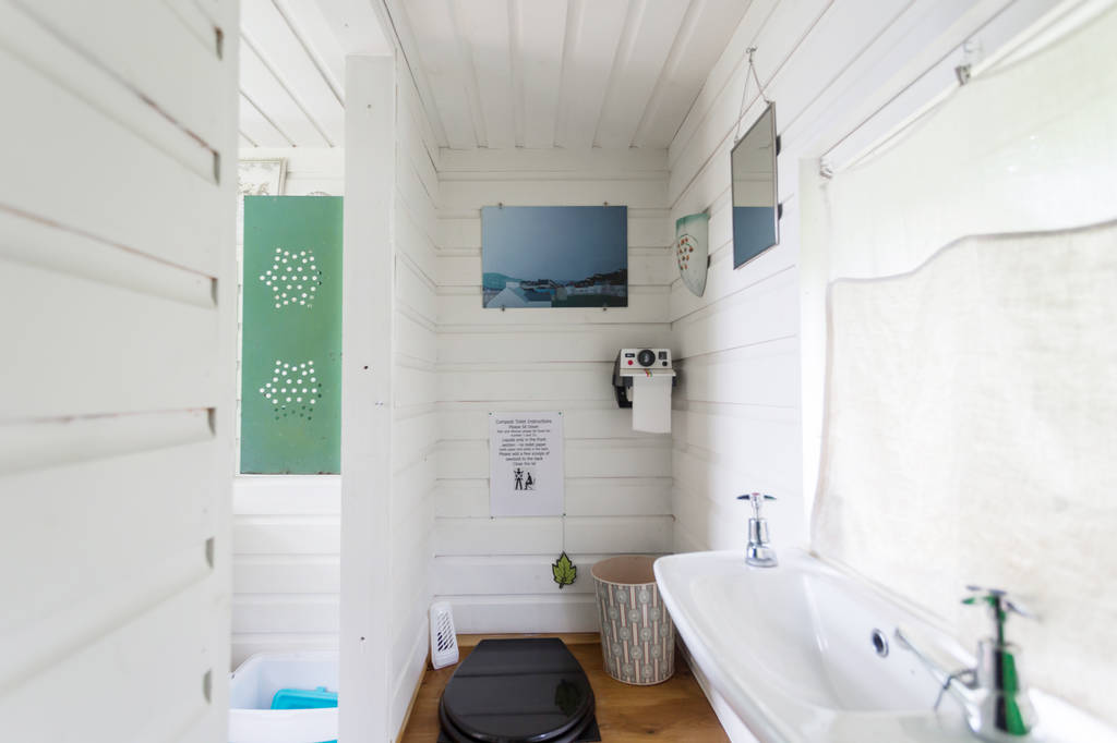 Caban Copa bathroom
