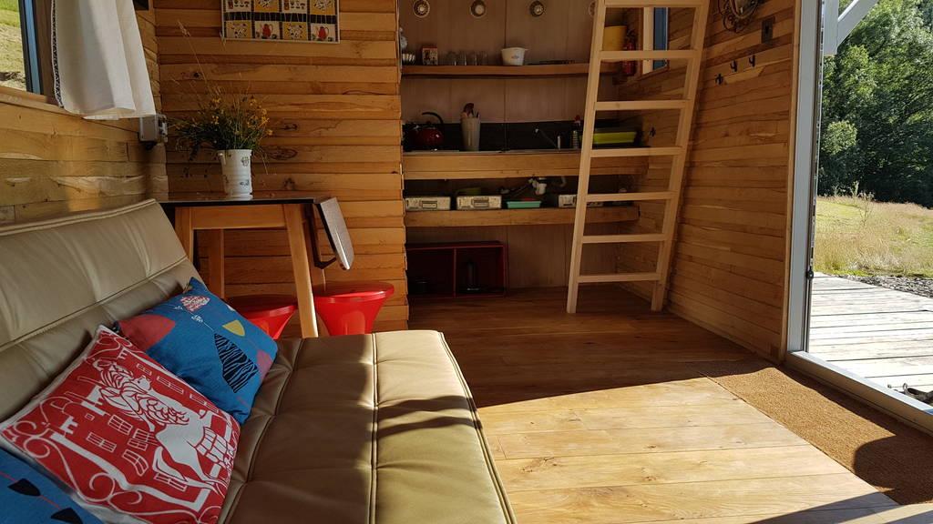 Caban Cadno living space