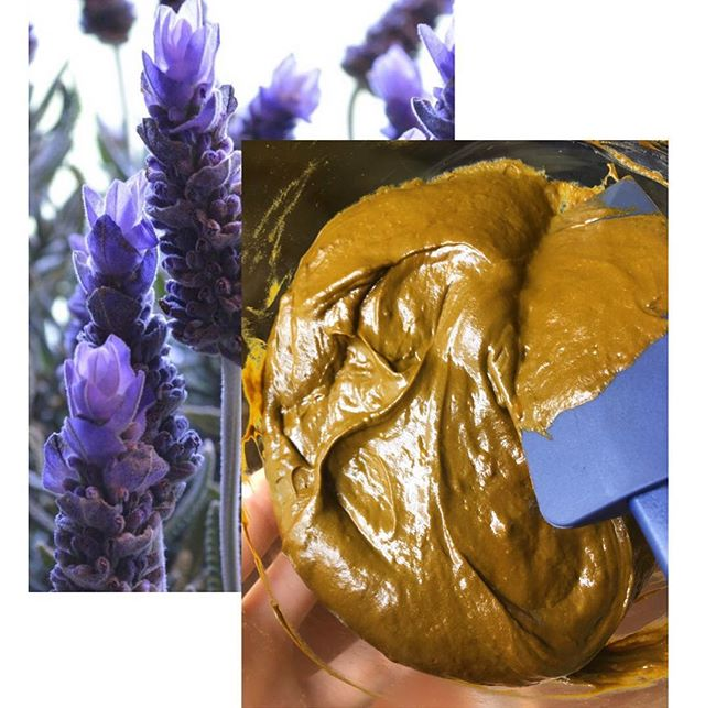 Just finished making a fresh batch of beautiful Lavender Henna Paste for this weekends events💜  Even after so many years my heart still sings when I get the consistency perfectly smooth and juuust right. I think its about time I start buying shares in lavender oil💸😅💸 Who might be interested in seeing a detailed full recipe of my natural henna paste up on the website?