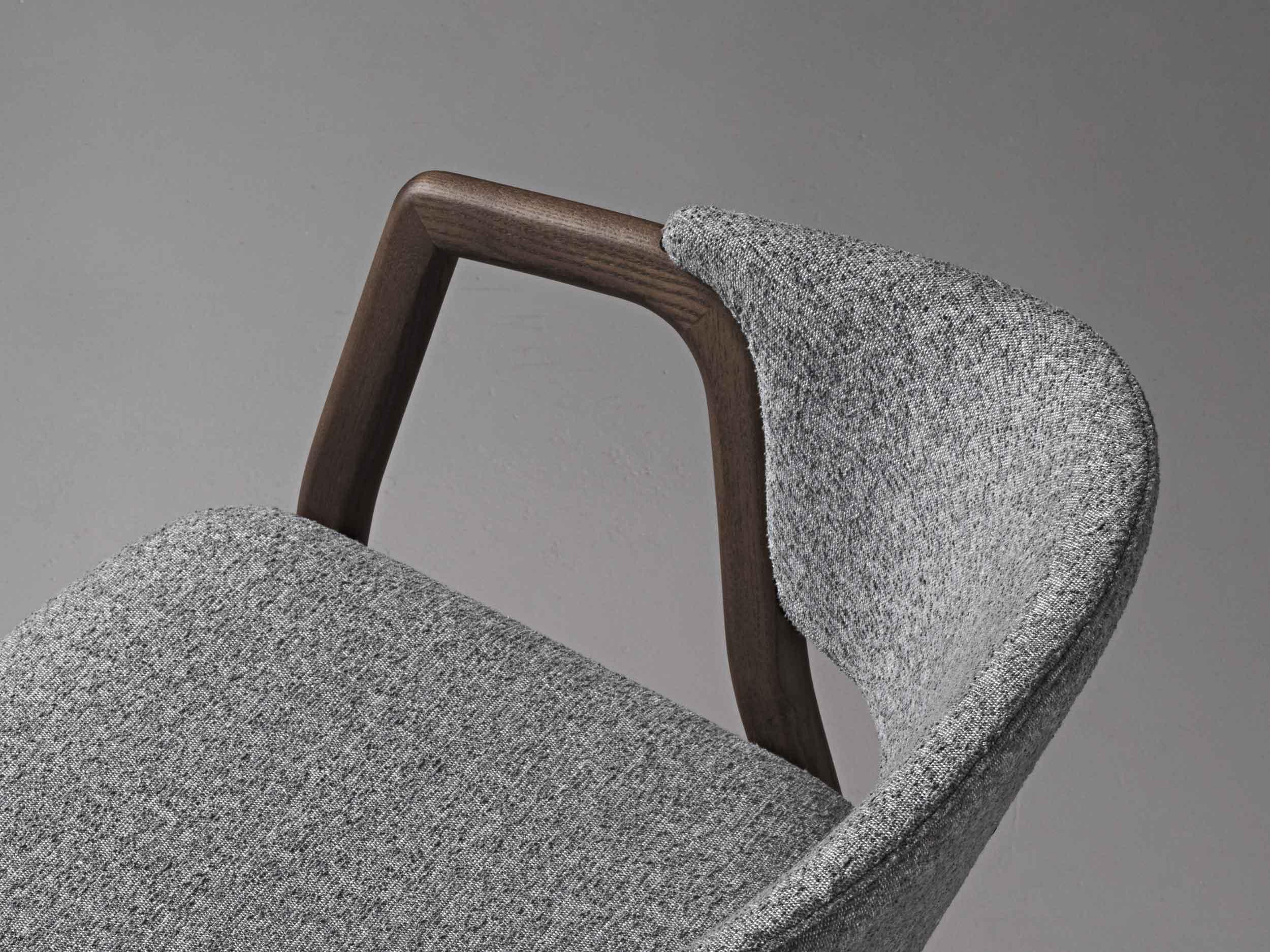 VERY_WOOD_CAMDEN_armchair_studio_06_detail_web_.jpg