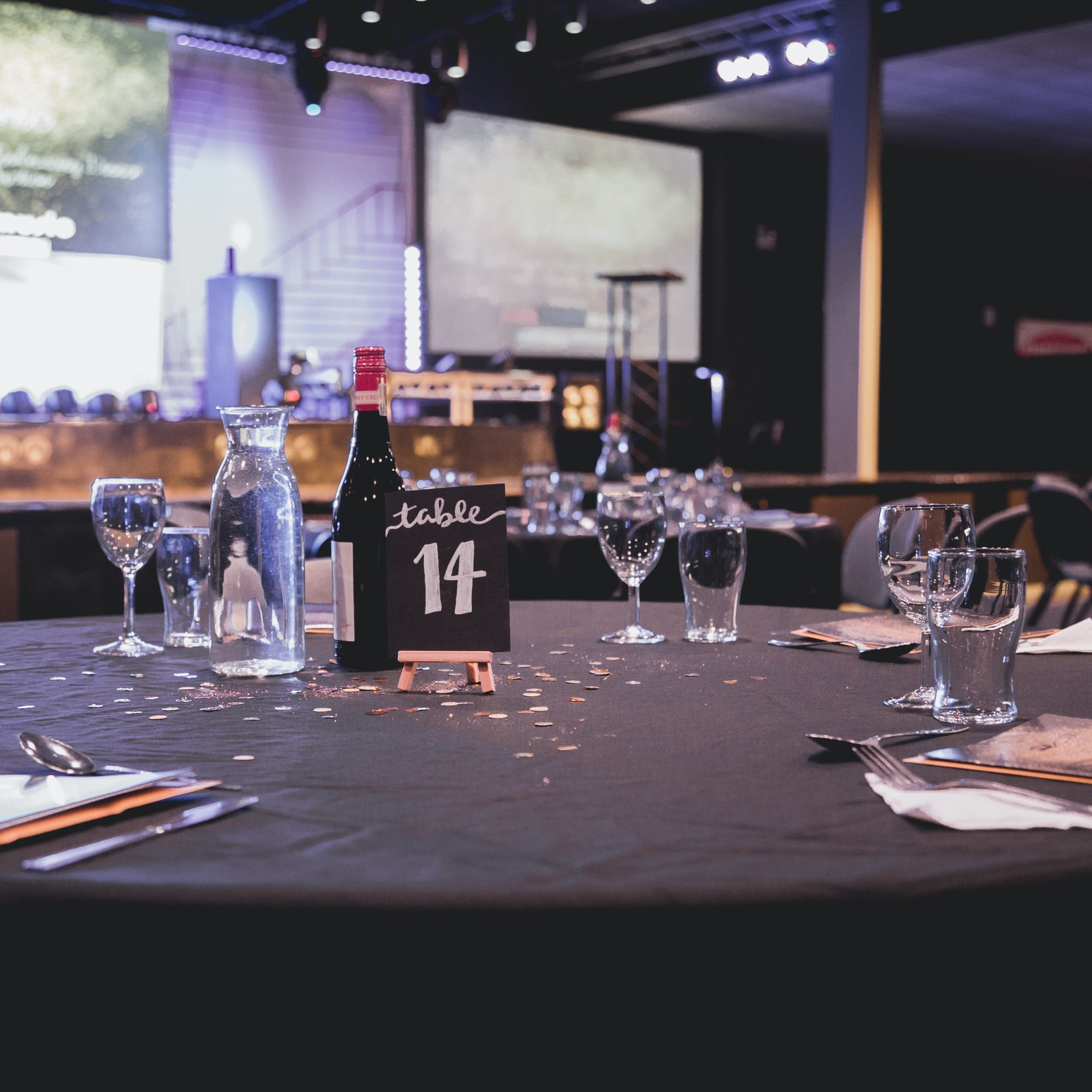 Fundraising Events - We regularly run exciting events for you and your friends… from clothes sales and quiz nights, to auctions and formal dinners!