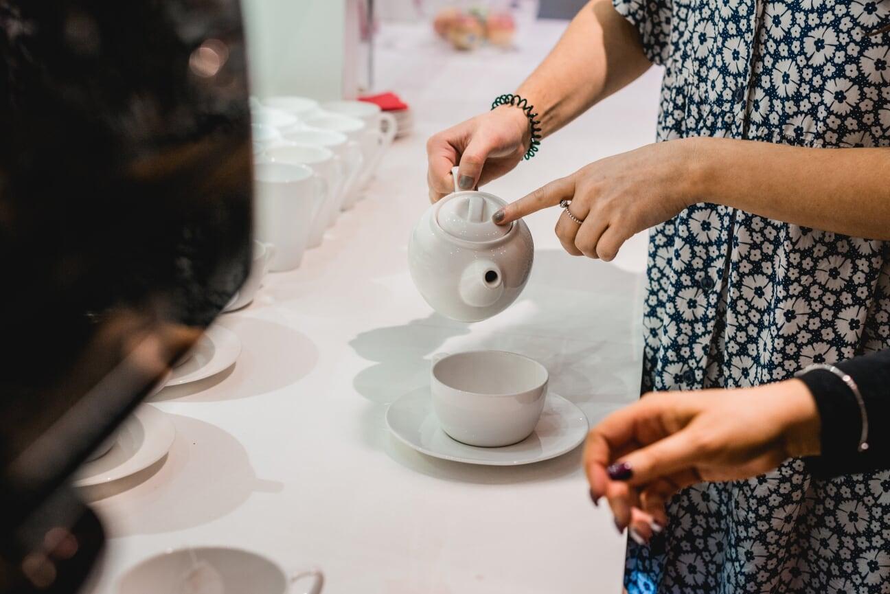 pouring tea.jpg