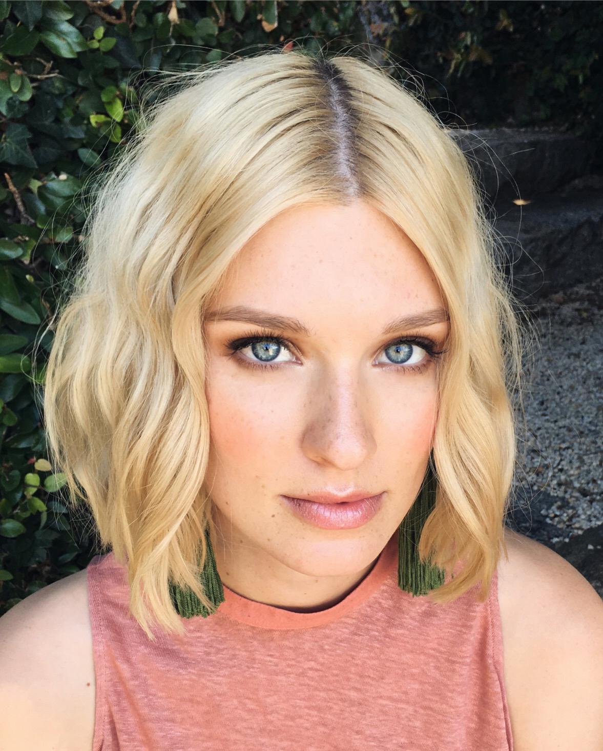 Melbourne makeup artist melbourne hair stylist 8.JPG