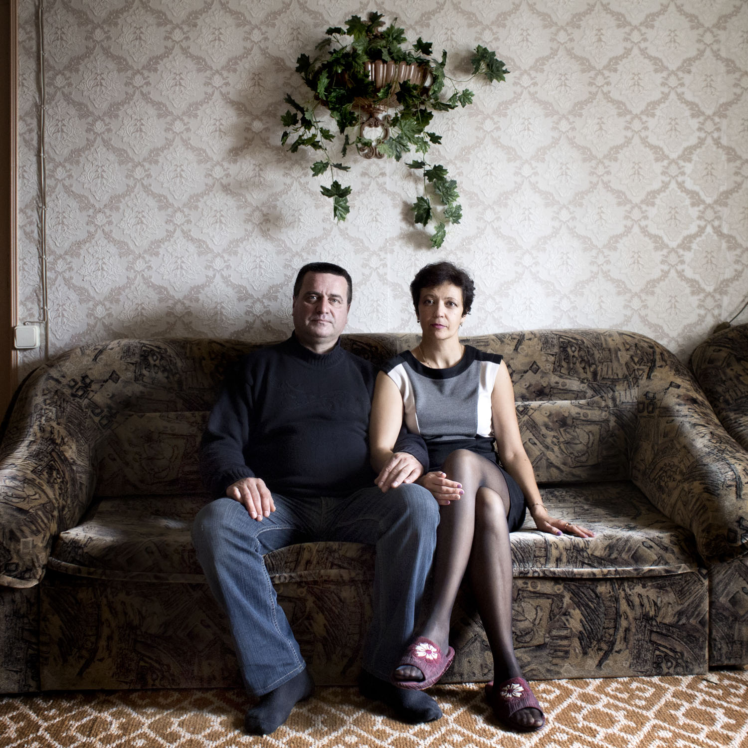 Elvira (Tatar/Muslim) and Stanislav (Russian/Christian) have been married for 25 years. They have two daughters, Vesta and Diana. Vesta chose the Muslim faith and Diana decided to become a Christian two years ago. Both are married to partners of the same faith.