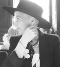 emma wearing a hat