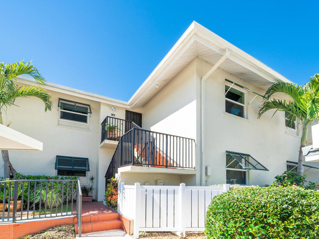 4660 Beach Rd Siesta Key FL-007-35-chpteam 6-MLS_Size.jpg