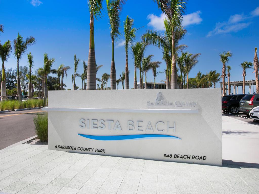 4660 Beach Rd Siesta Key FL-048-16-chpteam 47-MLS_Size.jpg