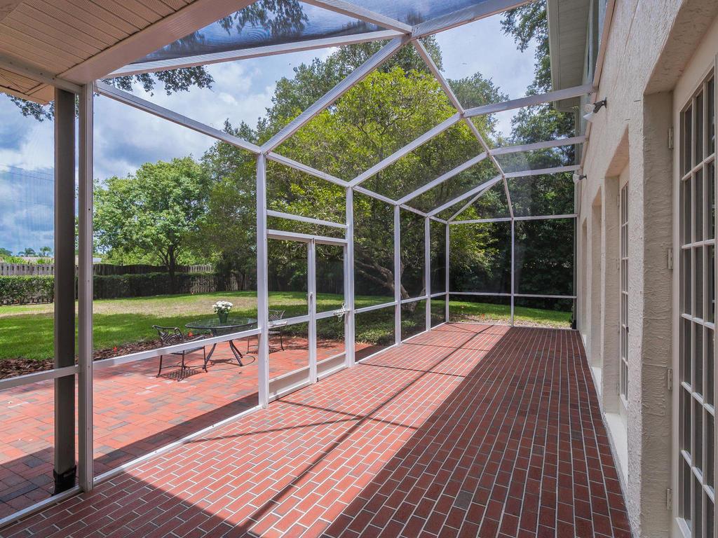 4609 Hidden Forest Ln Sarasota-038-043-chpteam037-MLS_Size.jpg