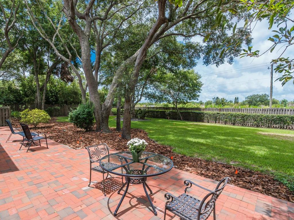 4609 Hidden Forest Ln Sarasota-036-040-chpteam036-MLS_Size.jpg