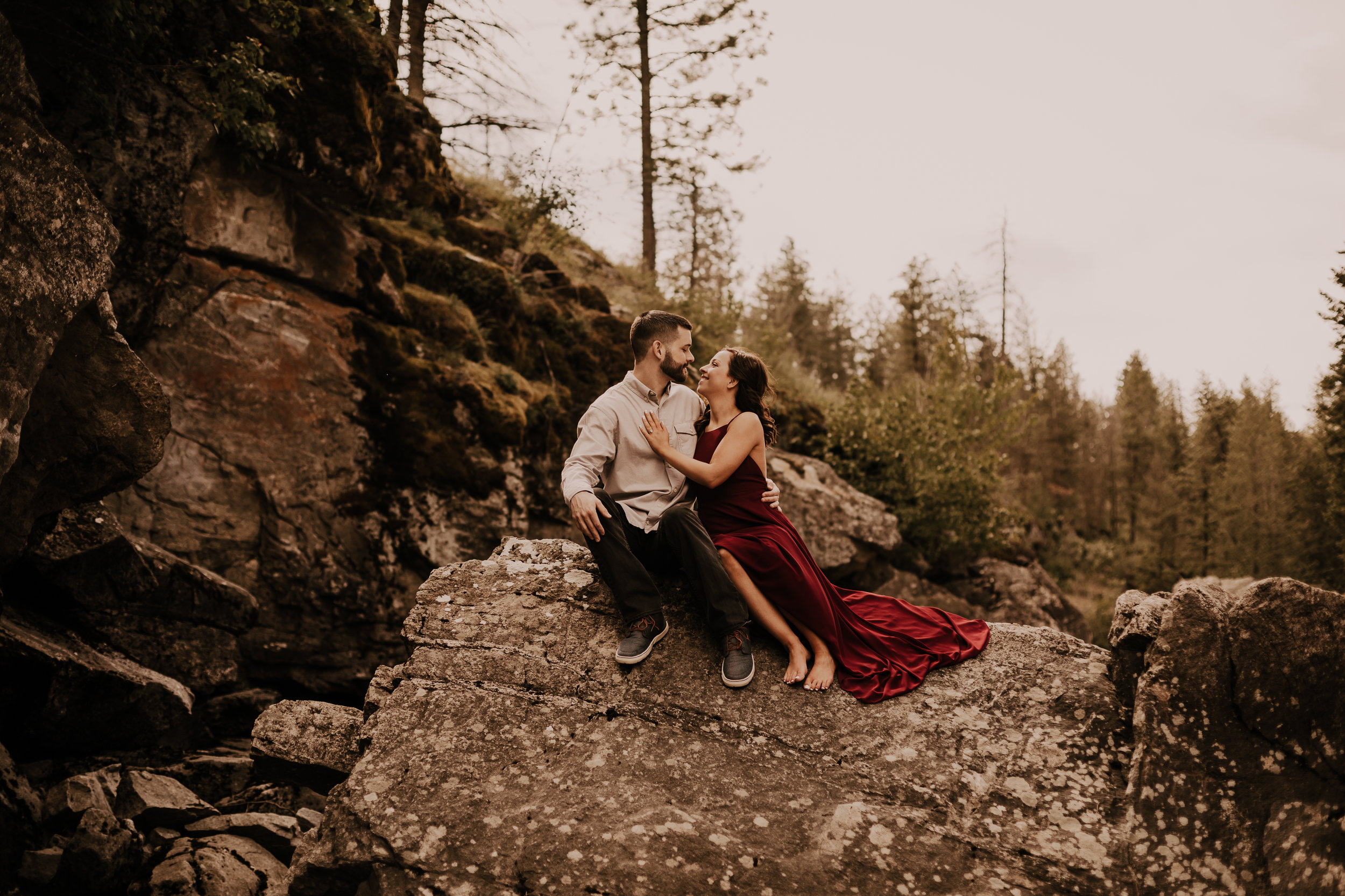 PostFallsRockyMountainEngagement-5949.jpg