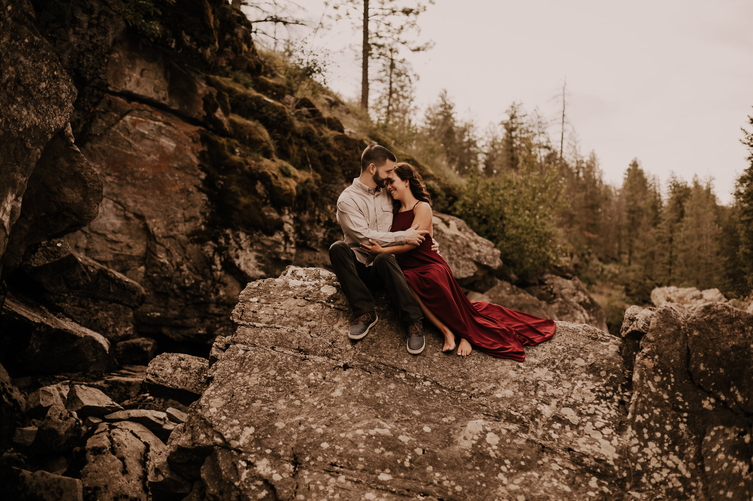 PostFallsRockyMountainEngagement-5964.jpg