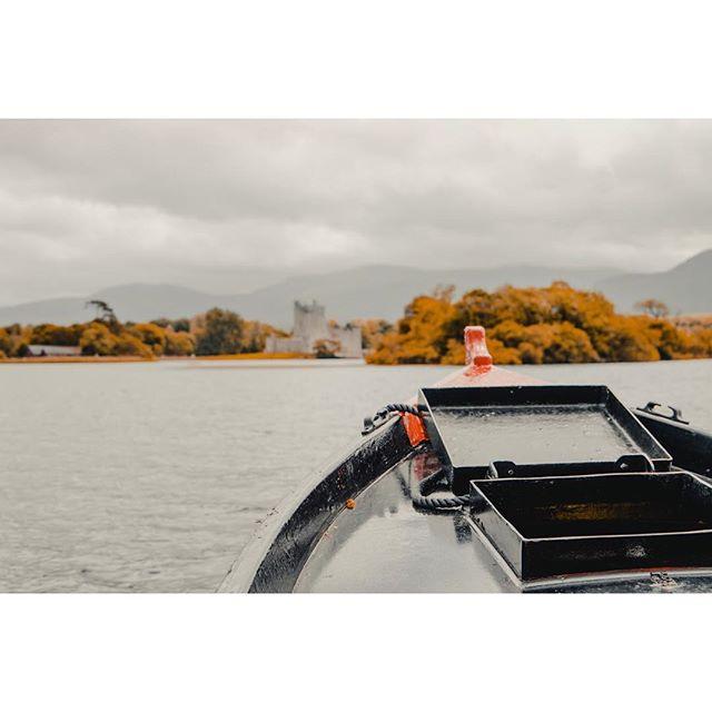 Boatride on the lake of Killarney⛵️ . . . . . . . . #killarney #ireland #lake #water #boat #sonya6300 #sony
