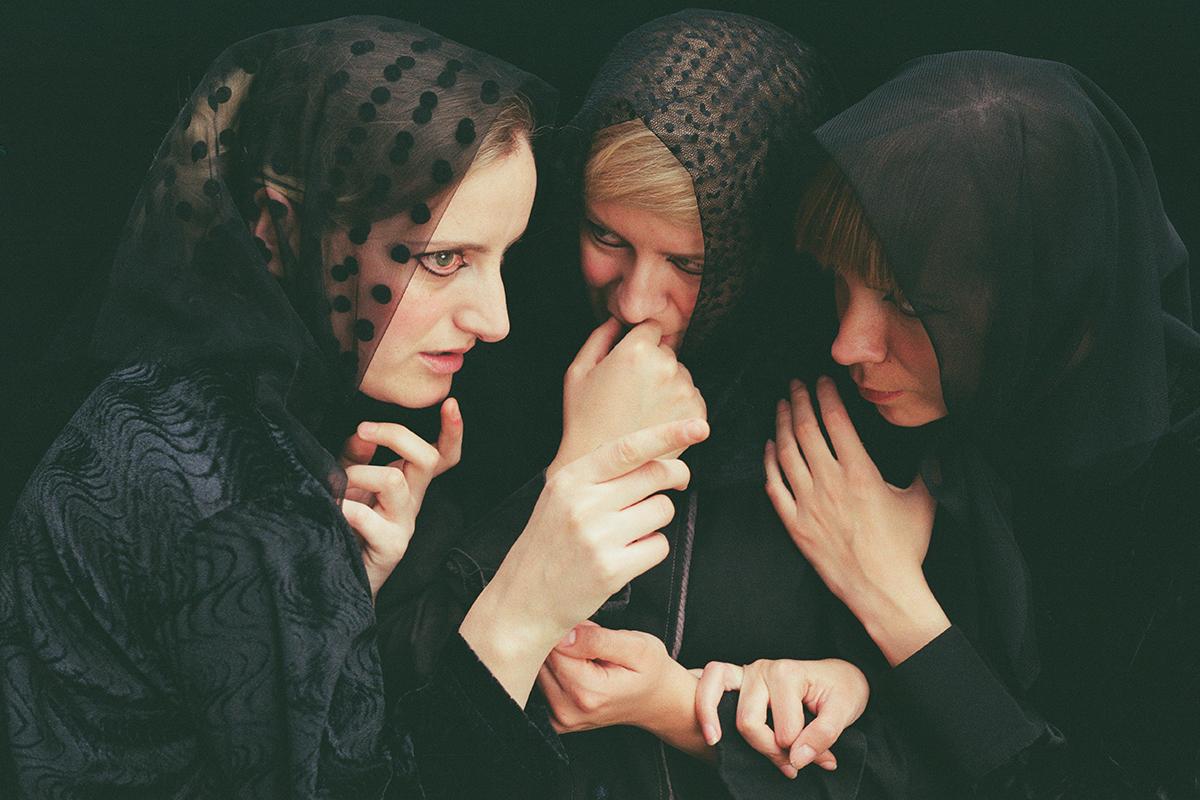 Three Witches-03.jpg