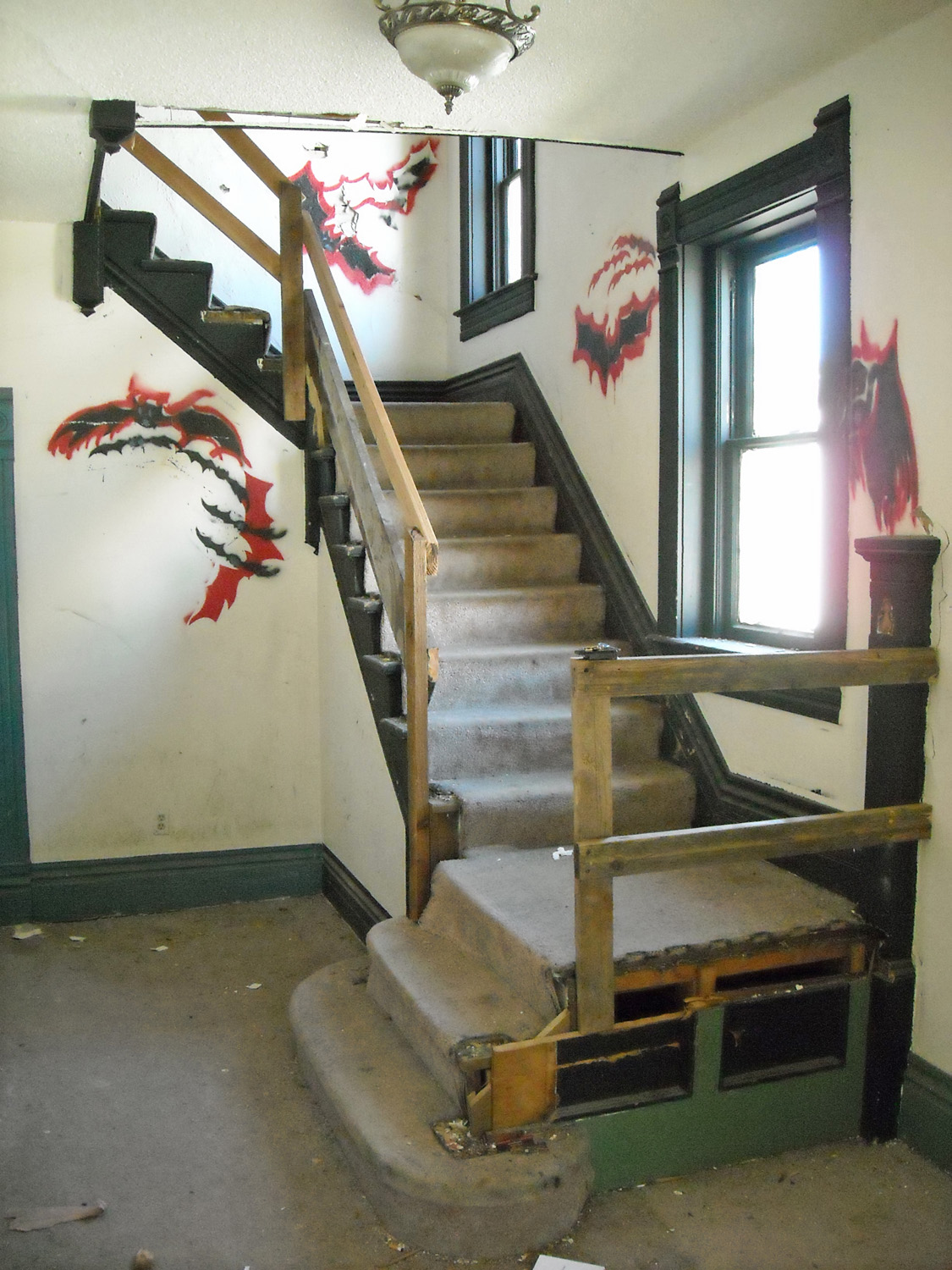 Fra stair before.jpg
