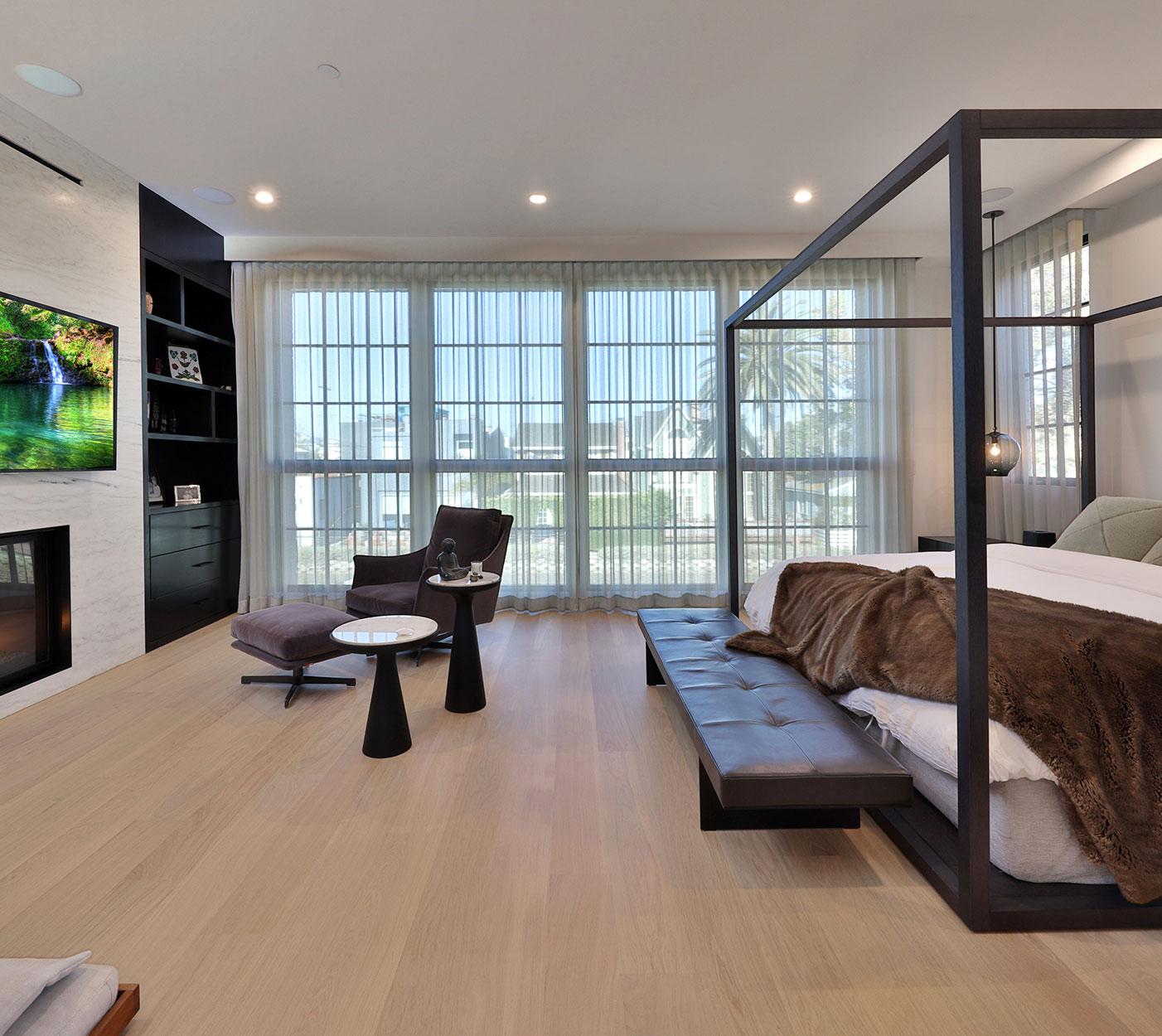 Contemporary-master-bedroom-los-angeles-Silicon-Bay.JPG
