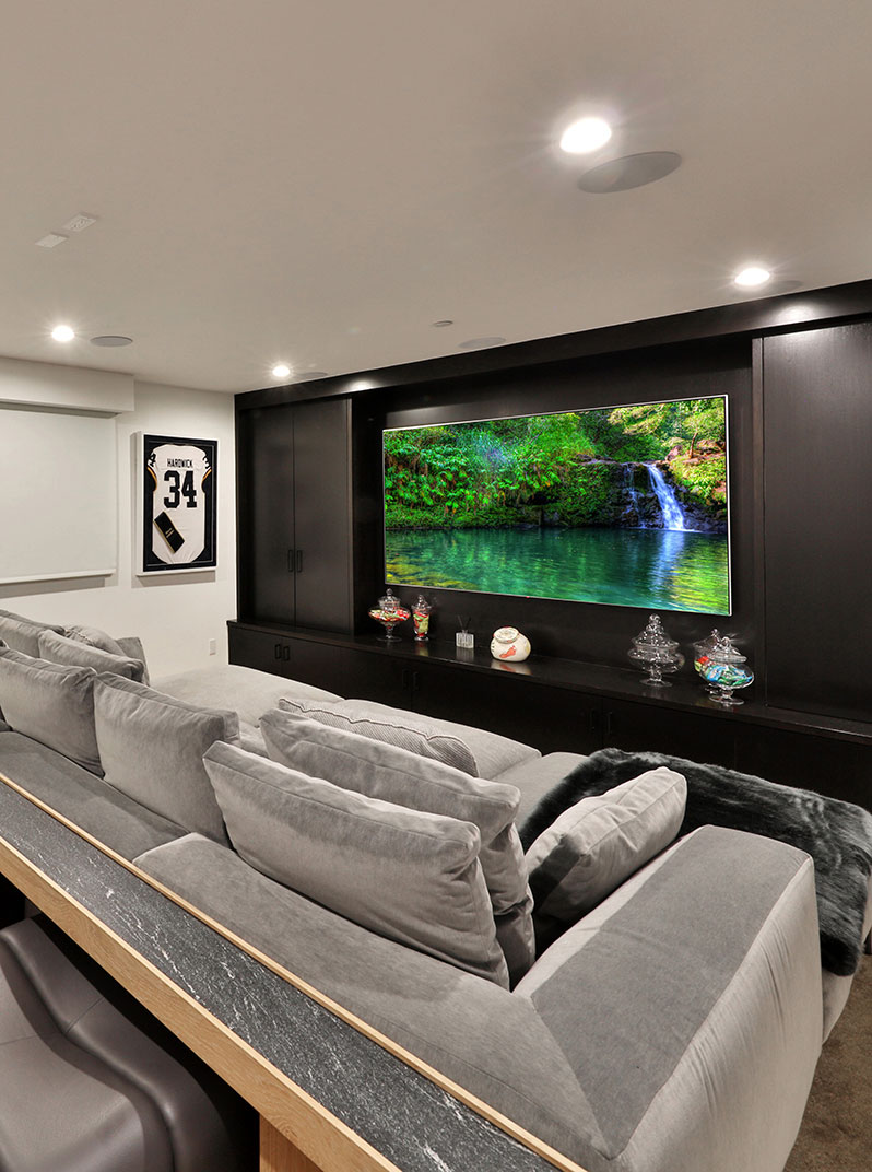 SiliconBay-home-theater-modern-LosAngeles.JPG