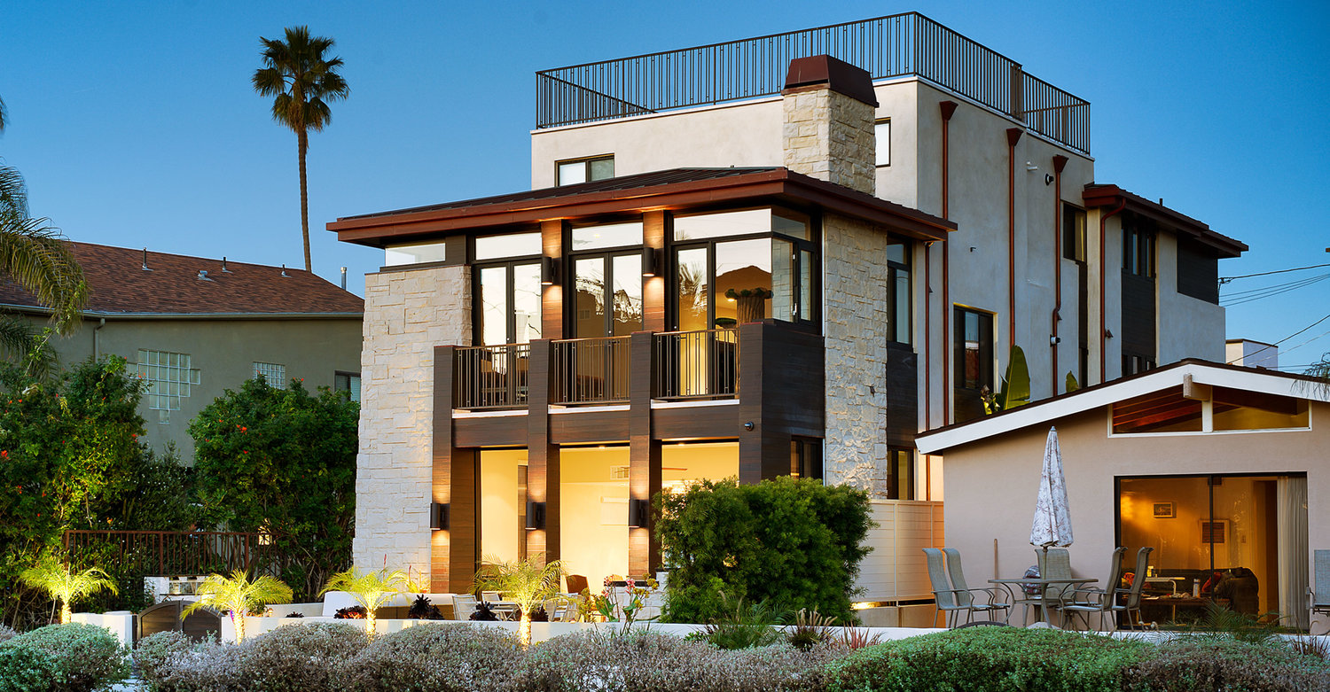 Modern Architecture Los Angeles grand canal a custom luxury home built in venice beach