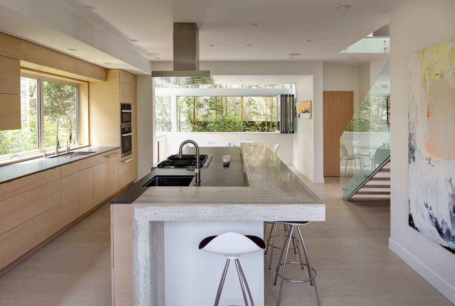 minimal-contemporary-kitchen-island-silicon-bay.jpg