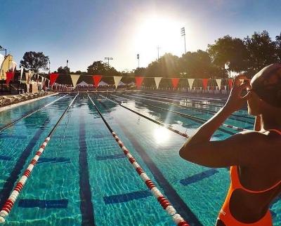 Dominique swim editorial-2.jpg