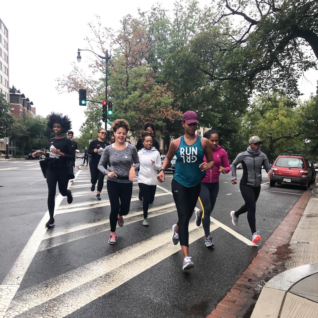Ashlee leading a run for a RUNGRL event. Photo: Maya Aridi for RUNGRL.
