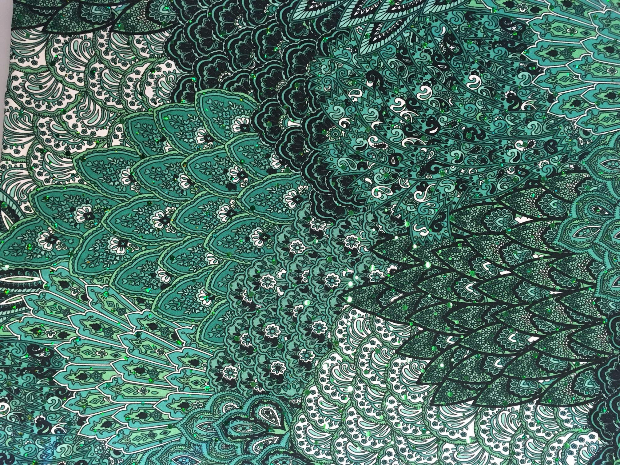Emerald City (Holographic sequins)