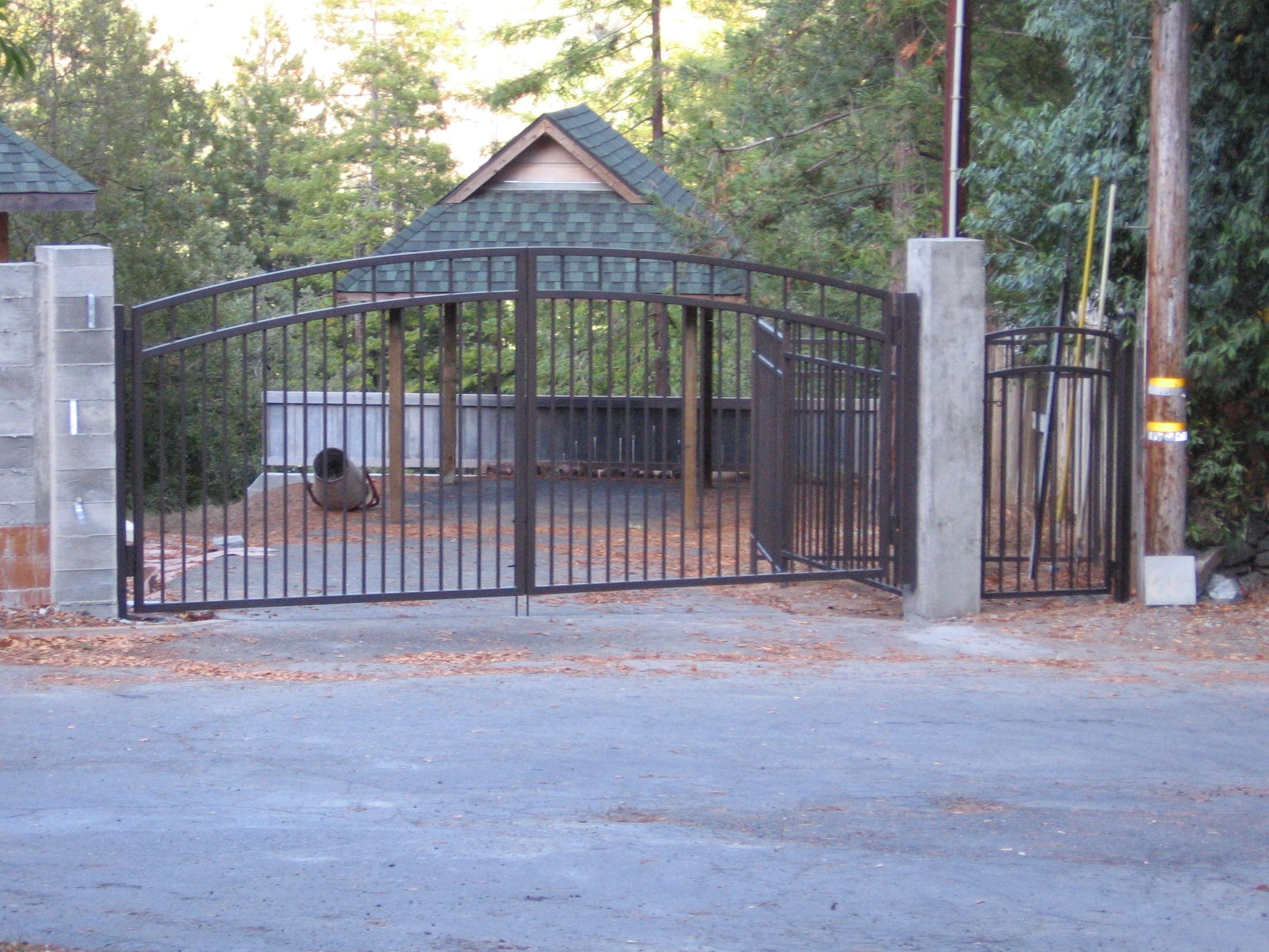 Magic MTN Entry Gate 2.JPG