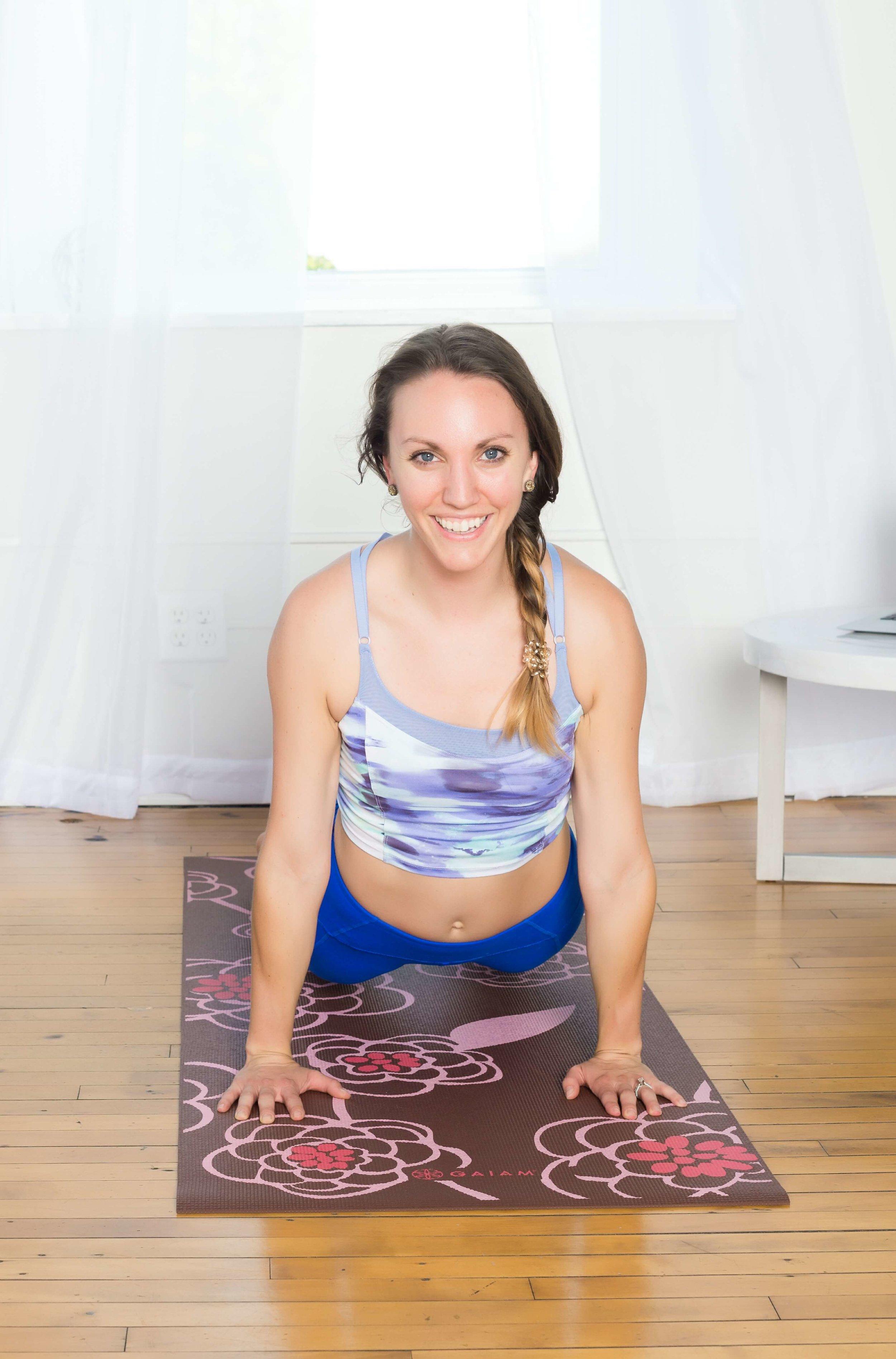 Chanel Nicole _ Louisville Photographer Tamera- yogo moves.jpg