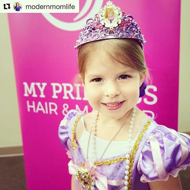 We were honored to have @modernmomlife and her little princess join us for our Fort Worth show last month!  #Repost @modernmomlife • • • • •  Partner // We has a fantastic Friday at @myprincessmoment where my little princess met all her favorite princesses. They danced, got pampered and even spotted Prince Charming. Check out my Instagram stories for more princess sightings! #MyPrincessMoment #dreamsdocometrue #fortworth #sundancesquare #princessparty #dallasmom #fortworthmom #dfw