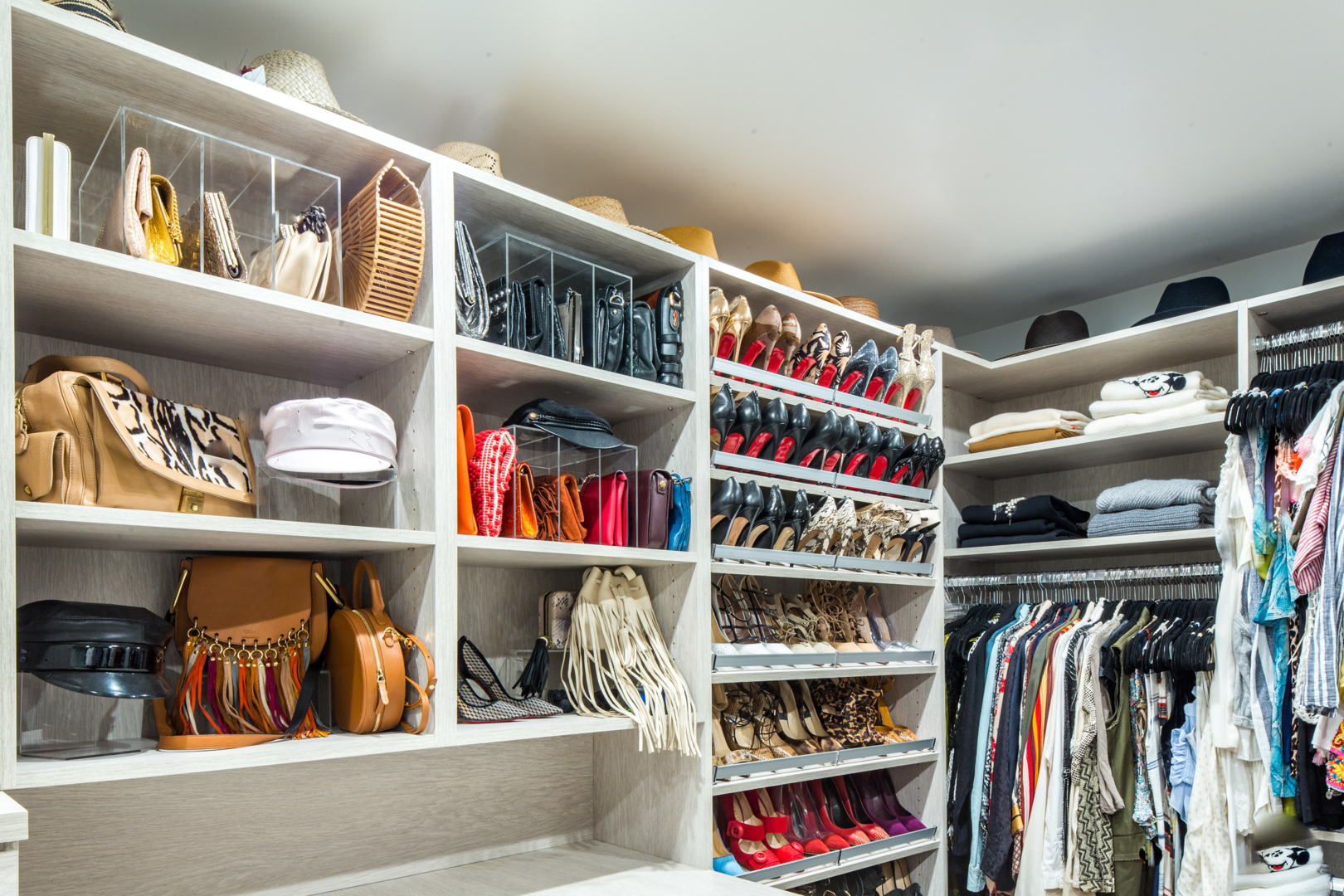 Closet Clean out Tips: Purging