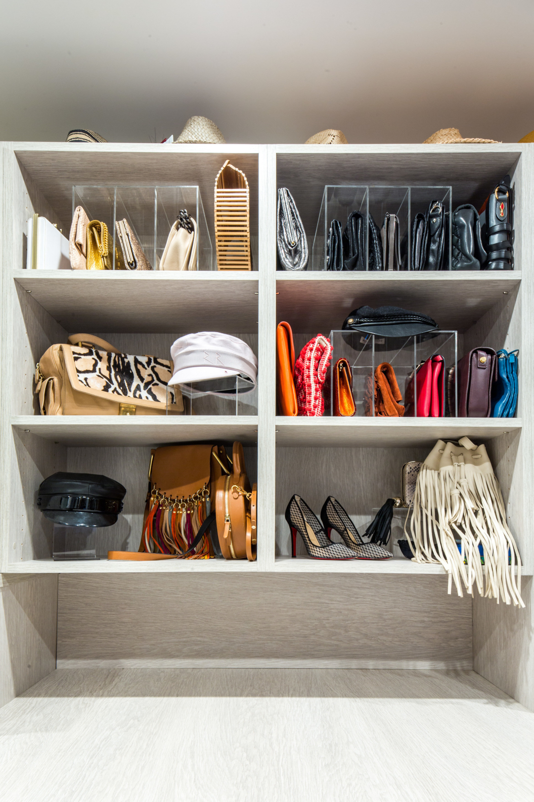 Purging Your Closet - Tips from Life in Jeneral