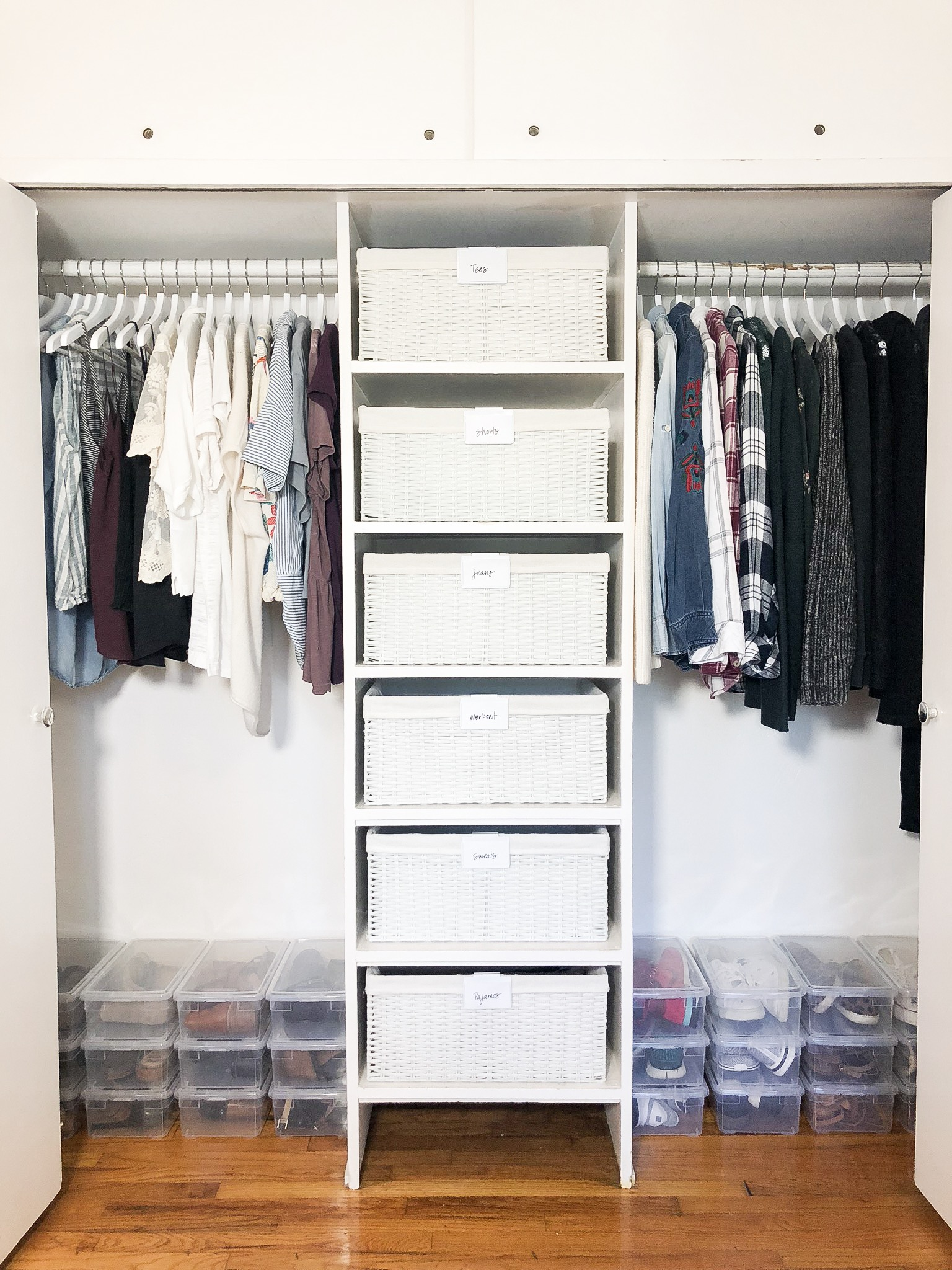 How To Organize Your Closet Clothing Tips