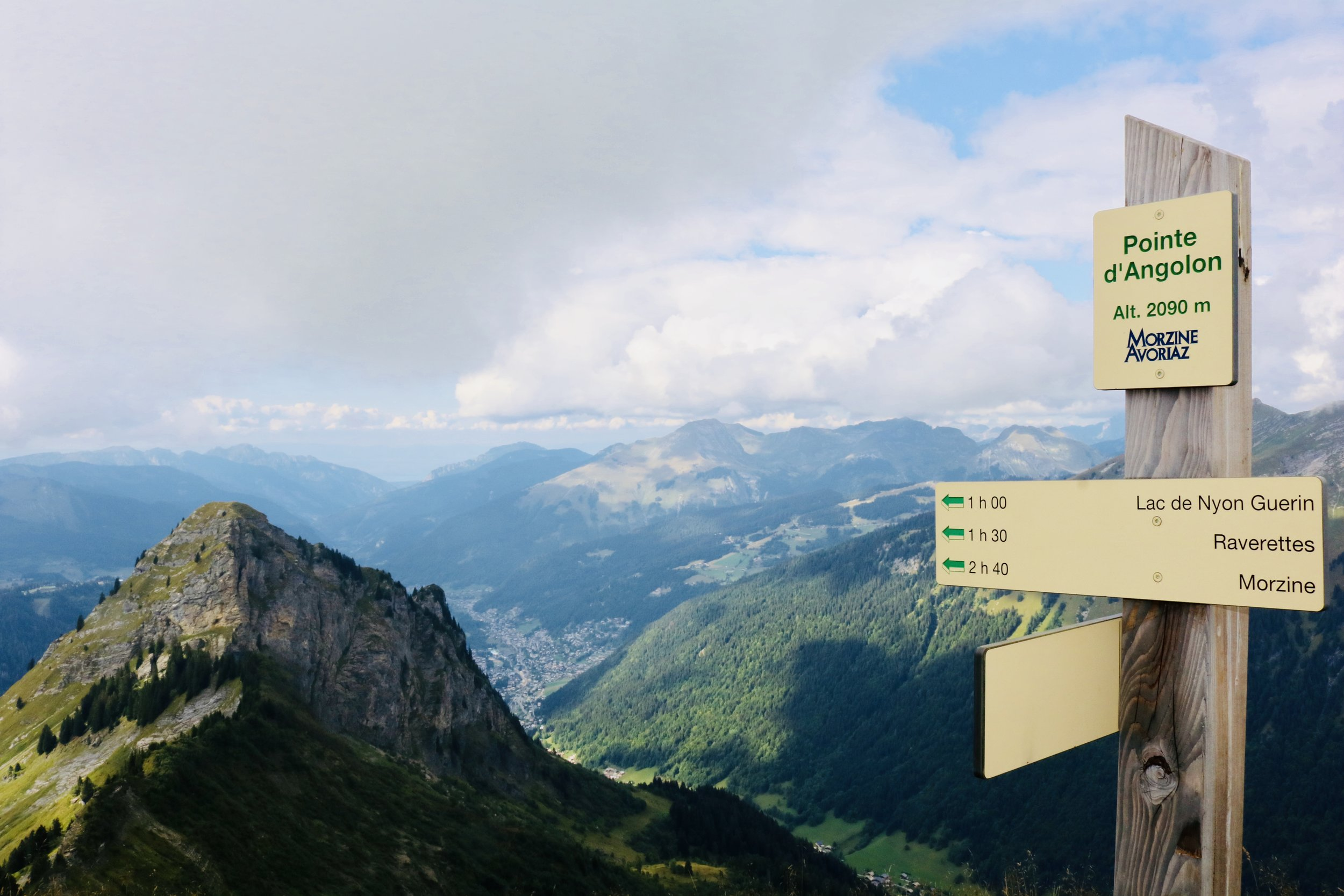 Angolon summit.jpg