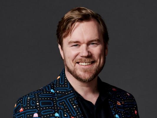Antti Merilehto - TietokirjailijaMaajohtaja