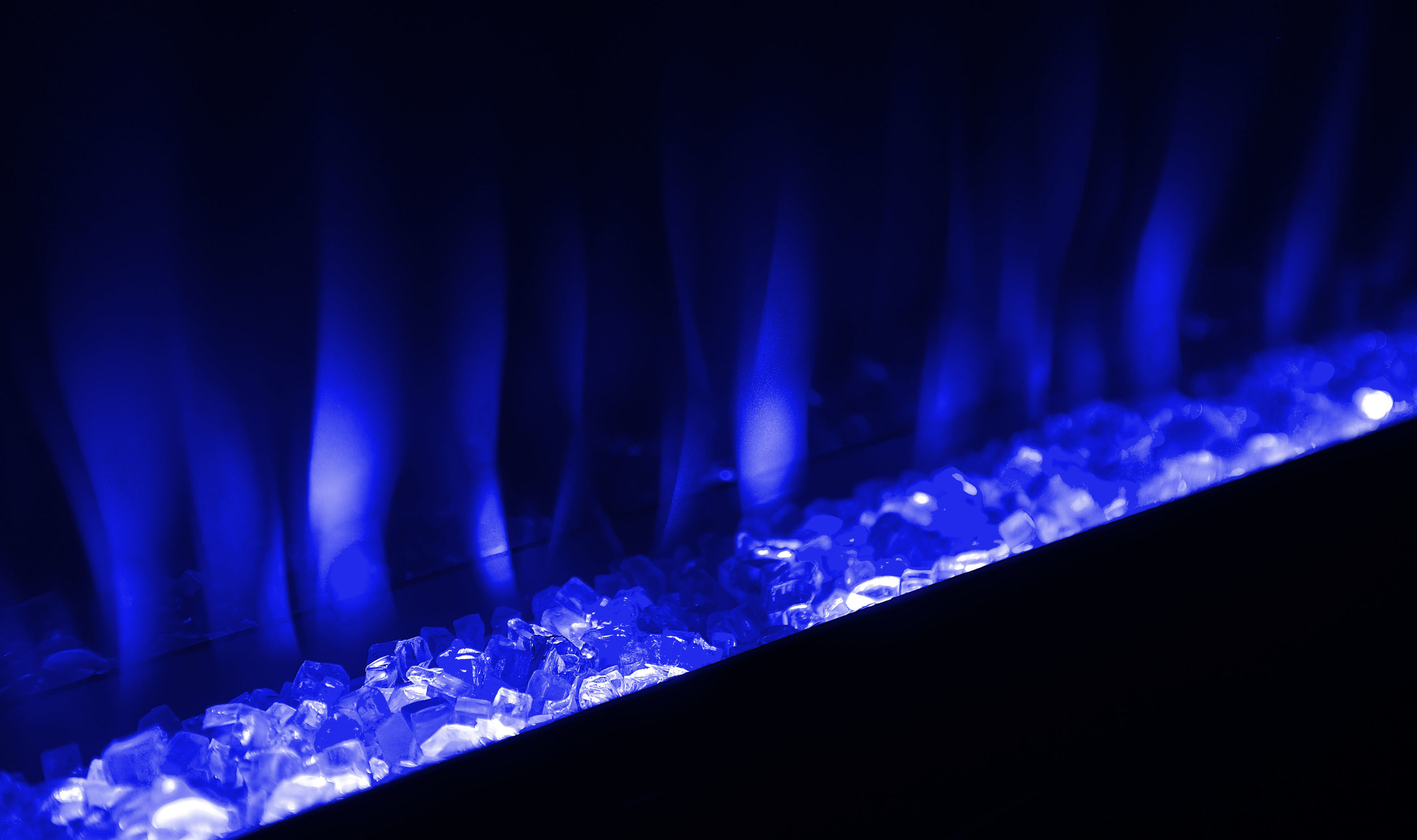 CFL42H-detail-flame-Continental-Fireplaces.jpg