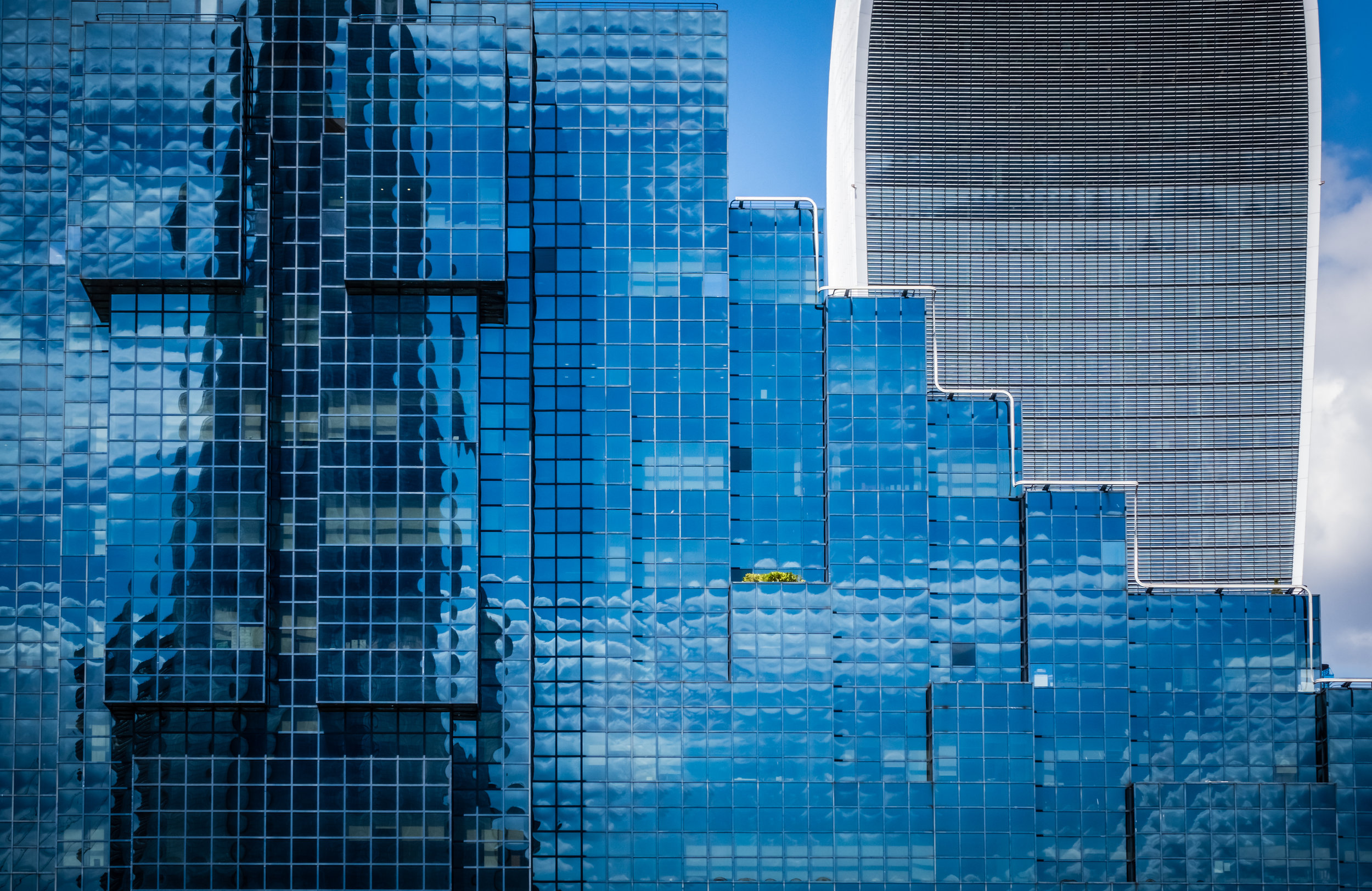 commercial-architecture-in-london-P5KN83N.jpg