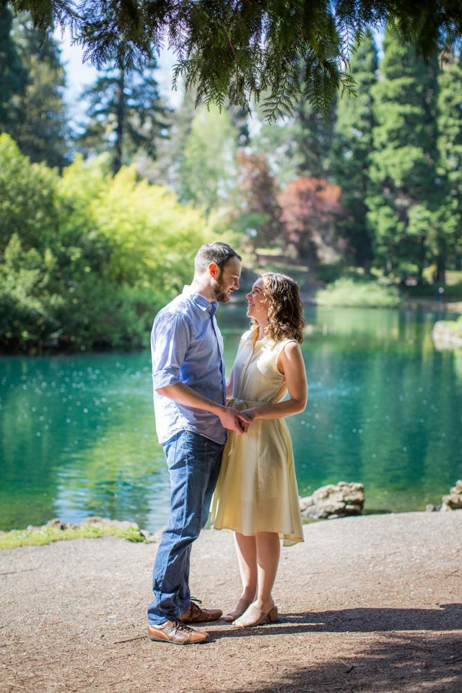Laurelhurst-Park-Engagement-Portland-006.jpg