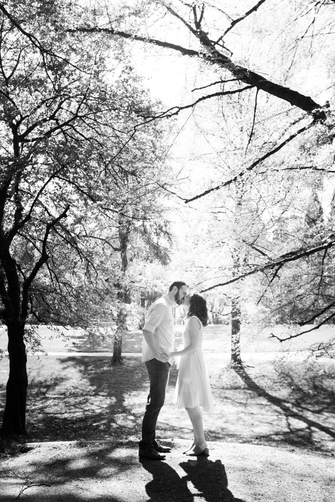 Laurelhurst-Park-Engagement-Portland-008.jpg