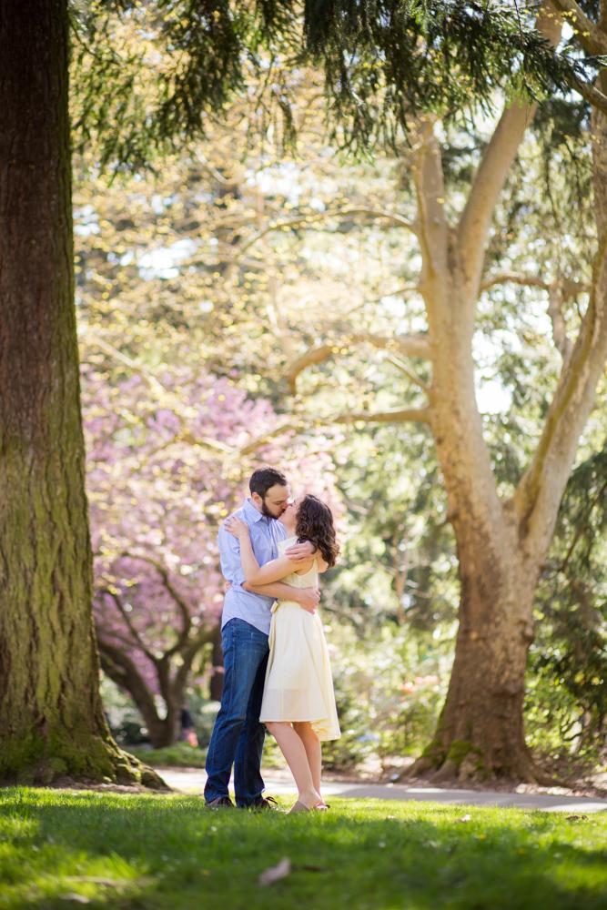 Laurelhurst-Park-Engagement-Portland-020.jpg