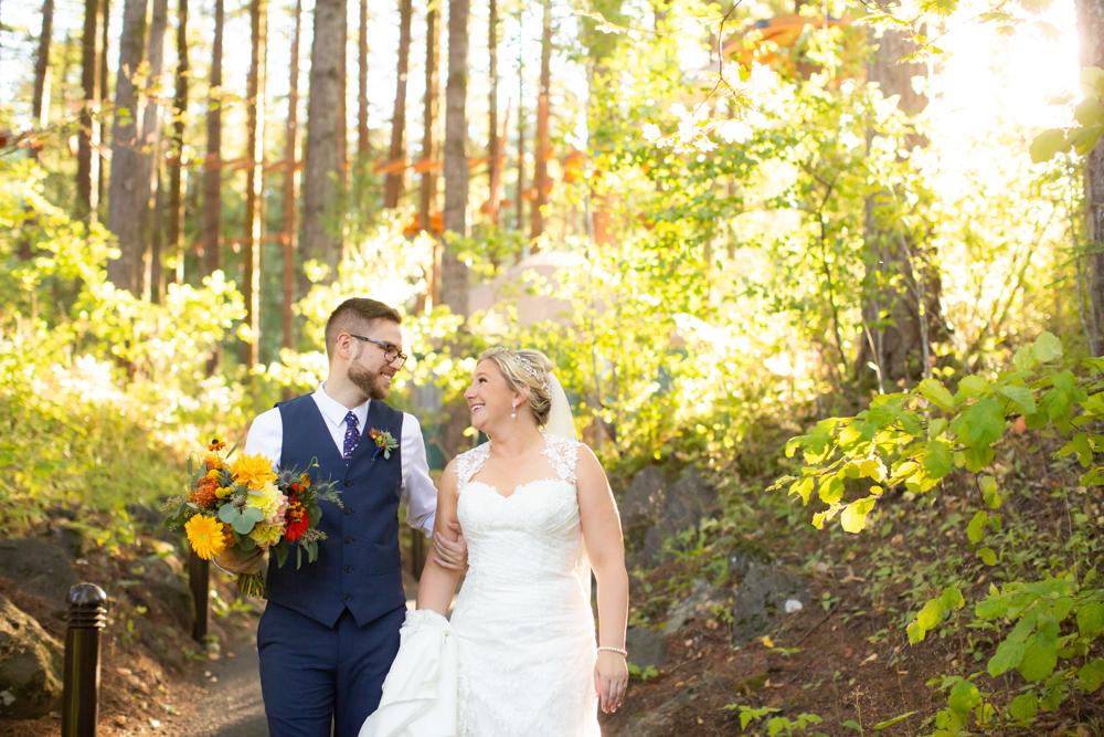 Portland-Skamania-Lodge-Wedding-26.jpg