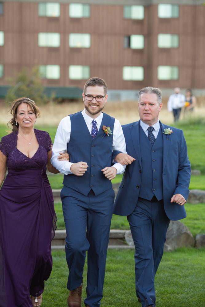 Portland-Skamania-Lodge-Wedding-32.jpg