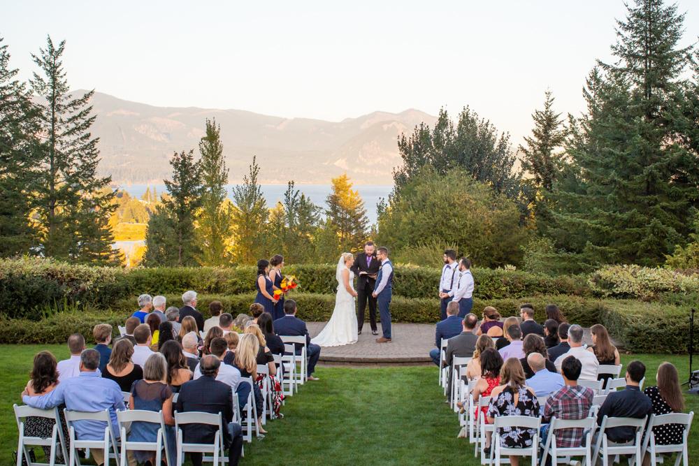 Portland-Skamania-Lodge-Wedding-44.jpg