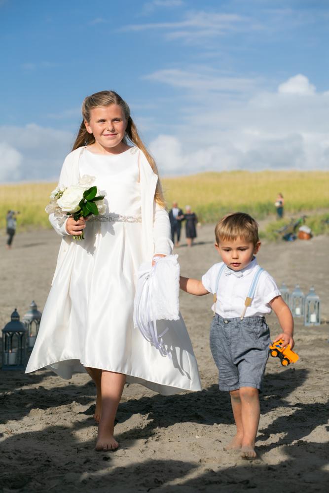 DanRice-Gearhart-Oregon-Beach-Wedding_064.jpg