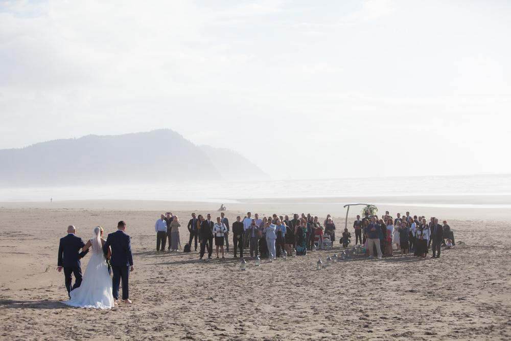 DanRice-Gearhart-Oregon-Beach-Wedding_066.jpg
