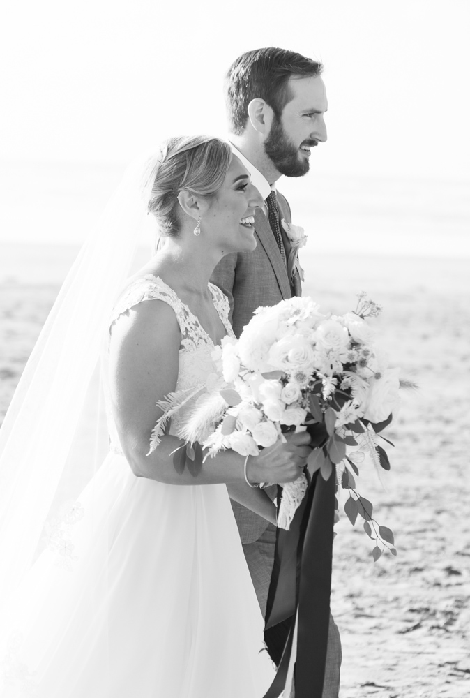 DanRice-Gearhart-Oregon-Beach-Wedding_084.jpg