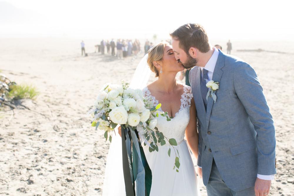 DanRice-Gearhart-Oregon-Beach-Wedding_087.jpg