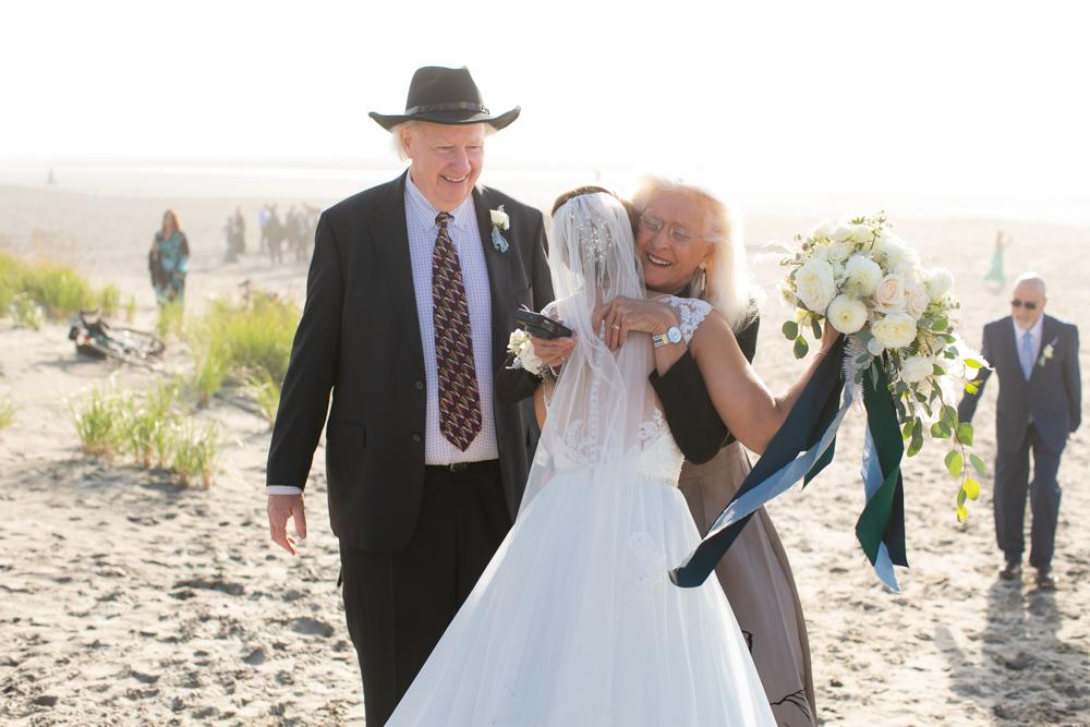DanRice-Gearhart-Oregon-Beach-Wedding_092.jpg