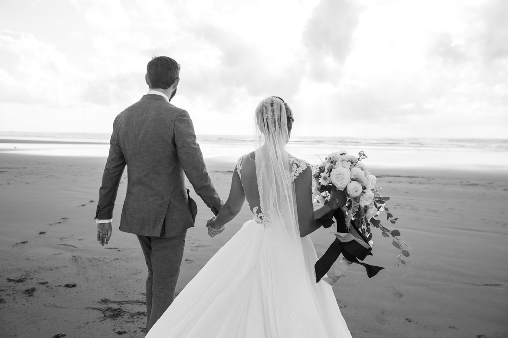 DanRice-Gearhart-Oregon-Beach-Wedding_120.jpg