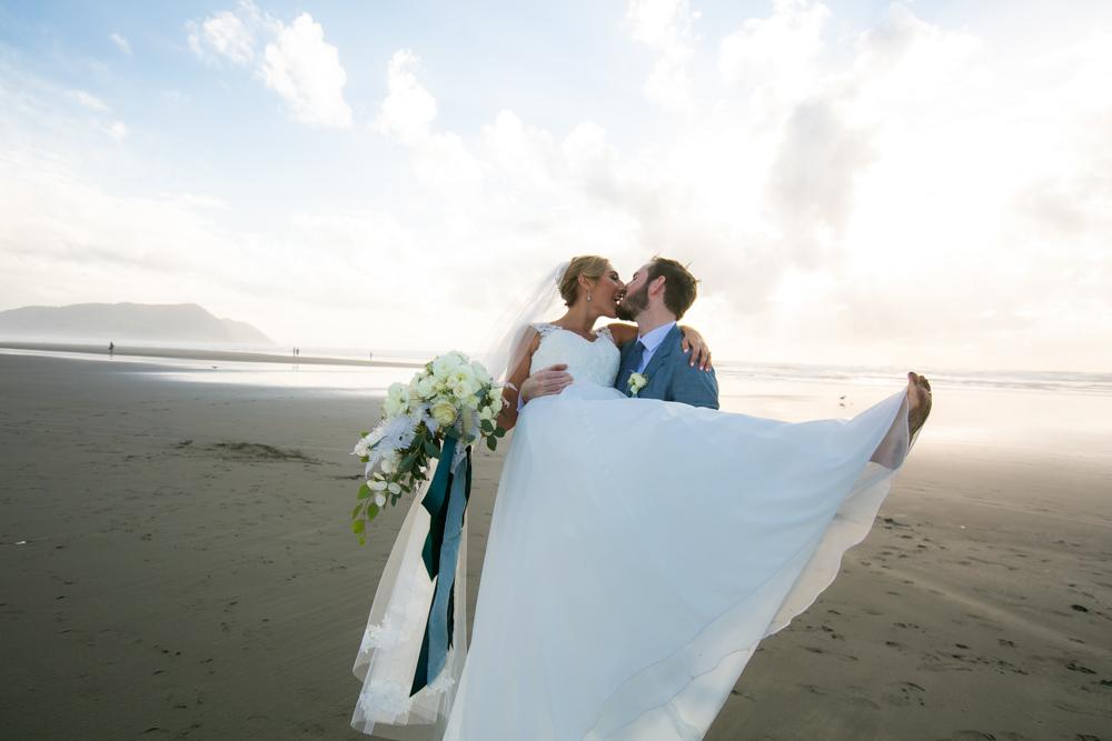 DanRice-Gearhart-Oregon-Beach-Wedding_123.jpg