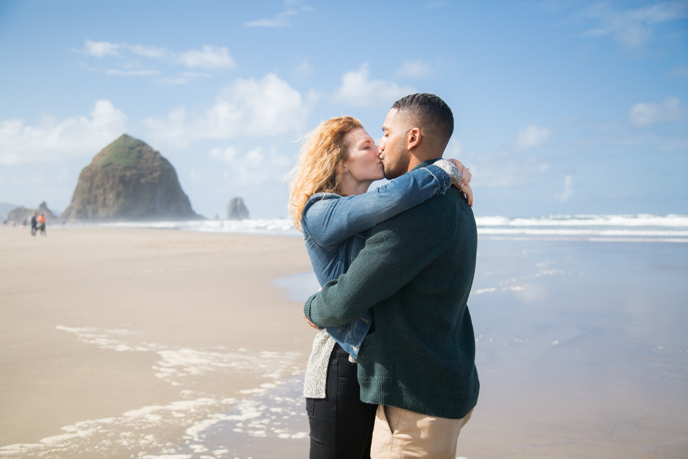 CannonBeach-Proposal-Photograher_021.jpg