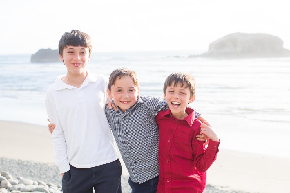 DanRice-Oregon-Family-Beach_018.jpg